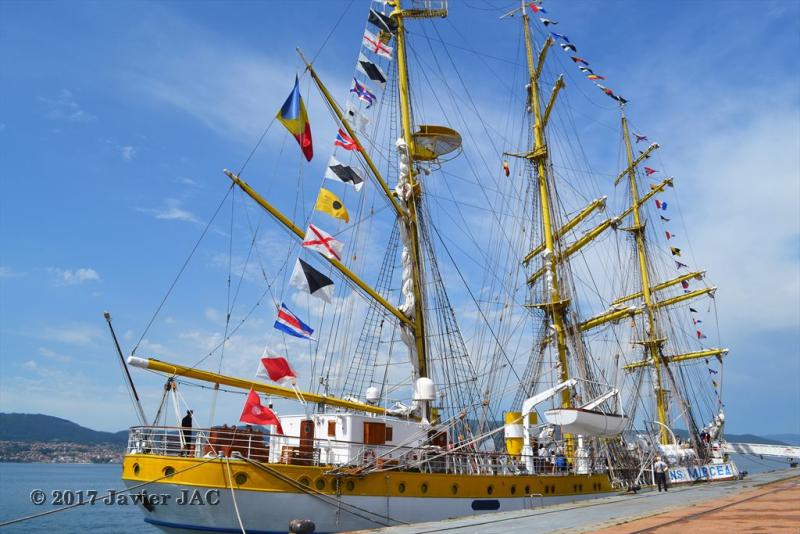 El Velero Rumano Mircea es un velero del tipo barca de tres mástile  (4)